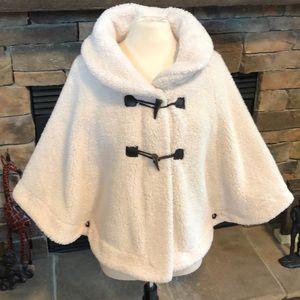 Faux fur cape, off white size Large